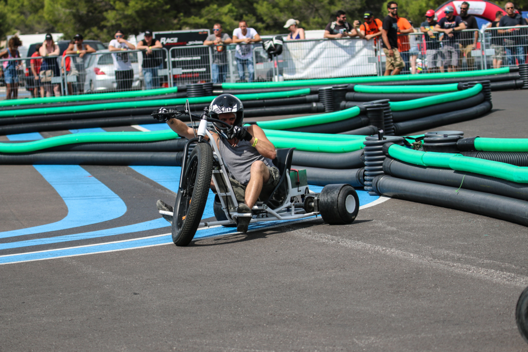 prestations mobiles  motoneiges  moto trial  drift-trikes