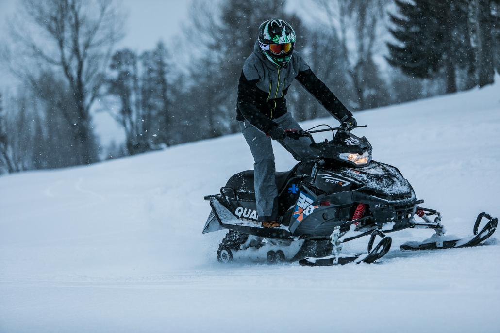 Mountain E-Park et Four Seasons Megève vous propose de découvrir la motoneige
